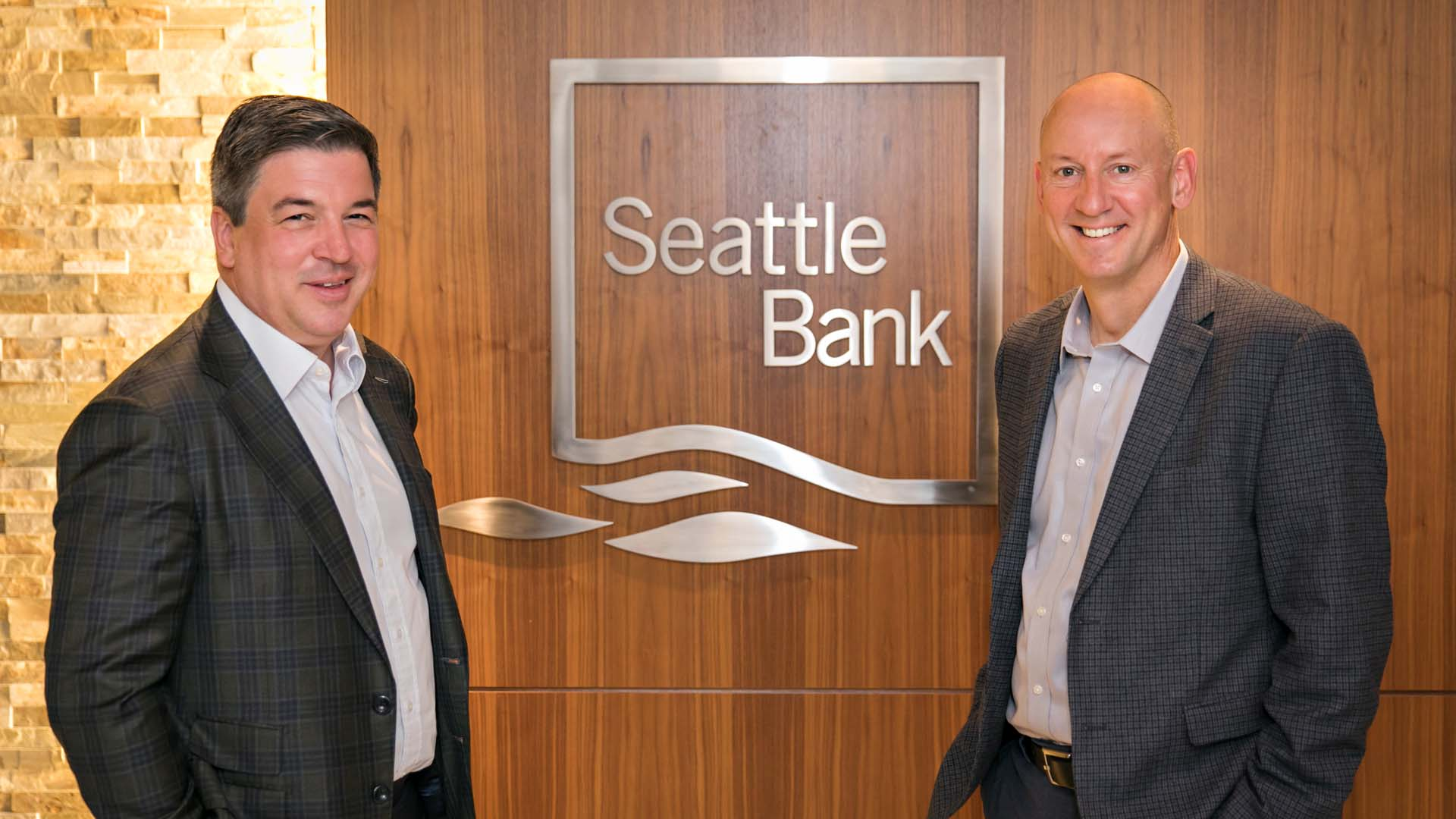 Simon Paris, President, Finastra (L) with John Blizzard, President and CEO, Seattle Bank (R).